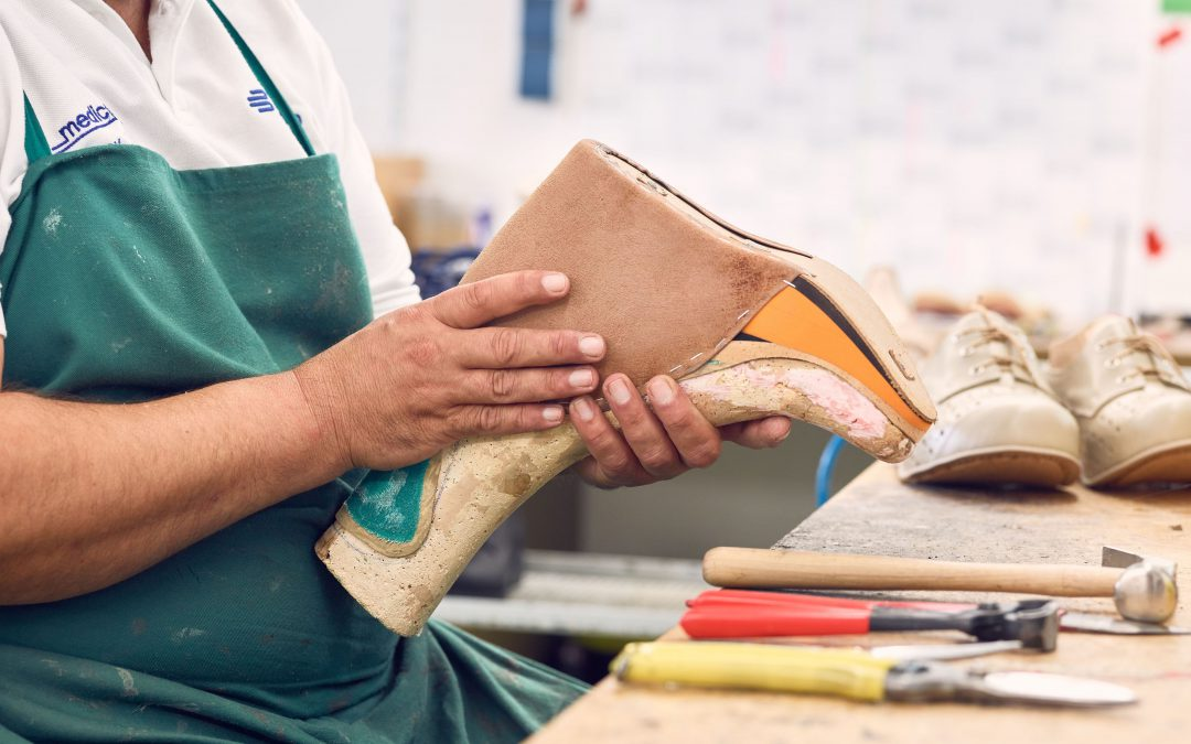 Handwerk, das begeistert- Herstellung orthopädischer Maßschuhe!